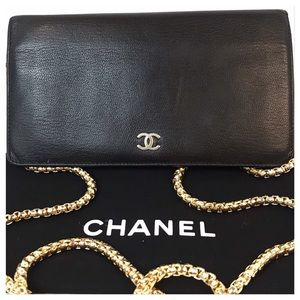 CERTIFIED AUTH. CHANEL LOGOS LAMBSKIN LONG WALLET